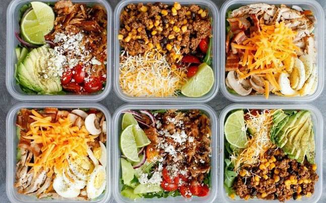 Making healthy food choices under low budget
